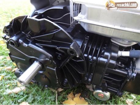 Двигател бензинов Briggs and Stratton Series 850 I/C 7 к.с.