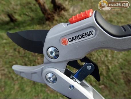 Лозарска ножица Gardena Comfort Smartcut