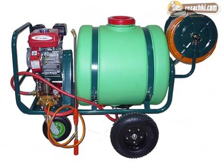 Пръскачка с двигател и резервоар 160 л